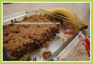 Rhubarb Crumble with Banana Recipe