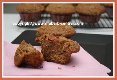 Healthy Rhubarb Muffins