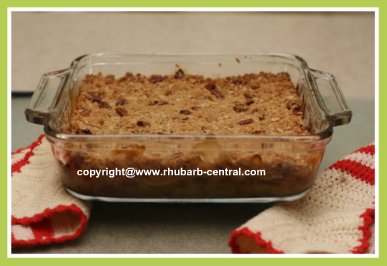 Banana Rhubarb Crumble Recipe
