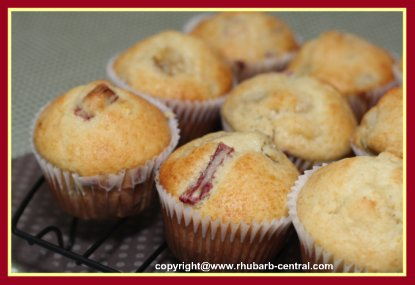 Best Recipe for Rhubarb Muffins with Bananas
