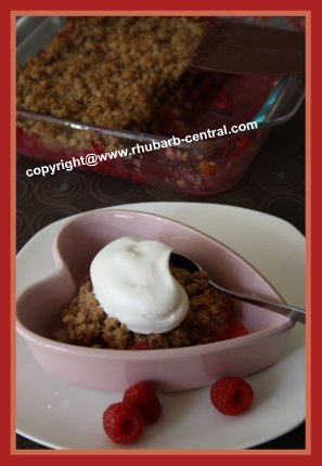 Best Raspberry Rhubarb Crisp Recipe