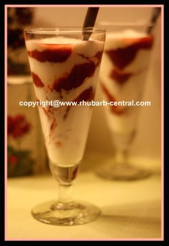 Rhubarb Yogurt Parfait for Rhubarb Snack or Dessert