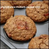 Healthy Whole Wheat Rhubarb Muffins