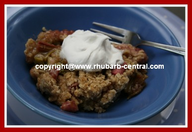Rhubarb Crisp Made in the Microwave
