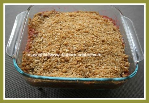 Homemade Rhubarb Cake Rhubarb Crumble Cake Recipe
