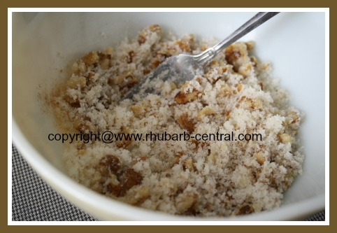 Nut Topping for Rhubarb Cake