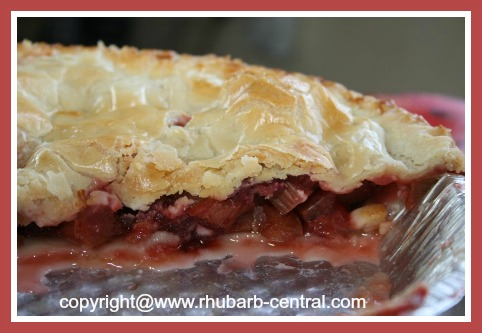 Homemade Pie Using Frozen Rhubarb and Fresh or Frozen Strawberries