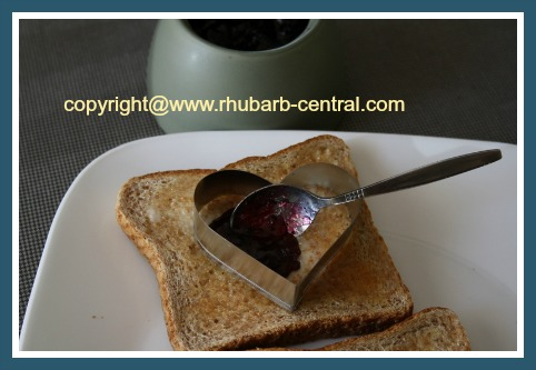 Recipe for Rhubarb and Blueberry Jam