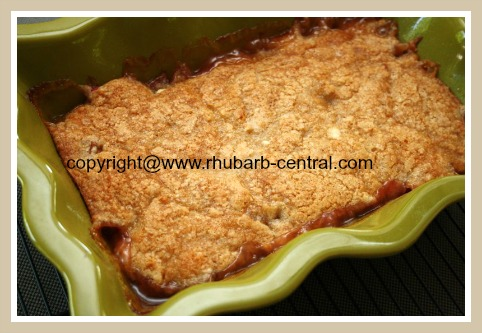 Rhubarb Dessert in 8