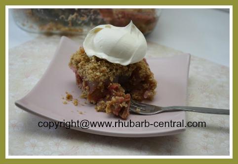 Easy Rhubarb Cake Recipe Rhubarb Crumble Cake