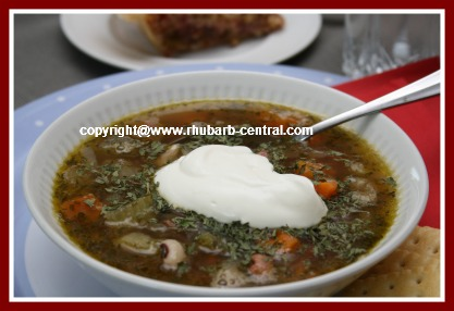 Rhubarb Soup with Chicken