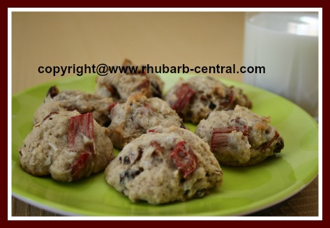 Rhubarb Raisin Cookies