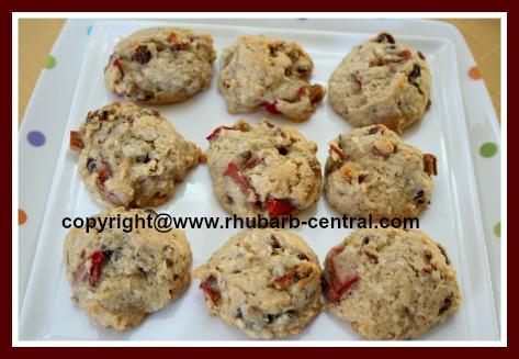 Rhubarb Raisin Cookies