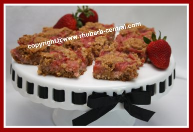 Rhubarb Strawberry Bars Recipe
