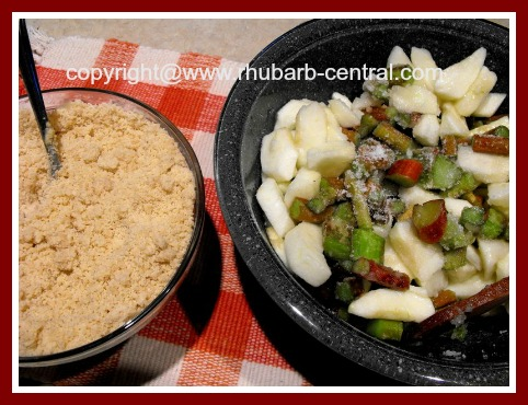 Rhubarb and Apple Dessert Recipe Crisp without Oatmeal