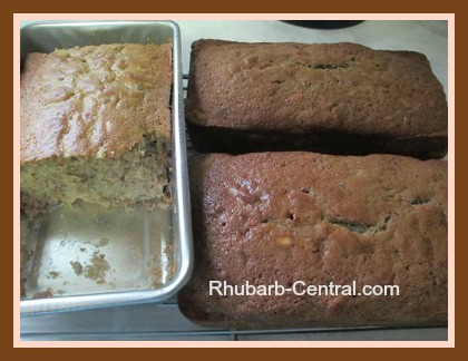 Carolle's Rhubarb Bread with Raspberries