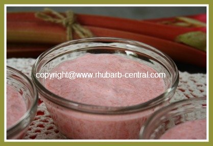 Easy Rhubarb Cream Dessert