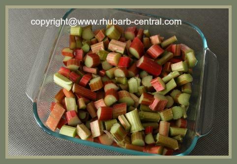 Preparing Rhubarb for Oven Baking