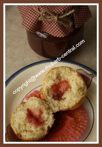 Recipe for Muffins Using Rhubarb Jam