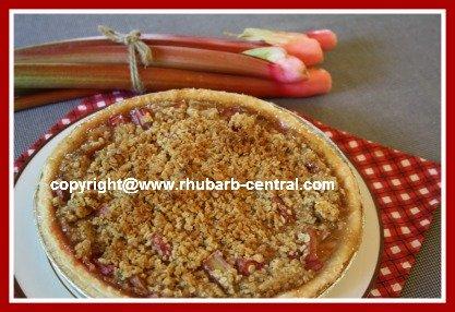 Rhubarb Crumble Top Pie and Rhubarb Tarts Recipe