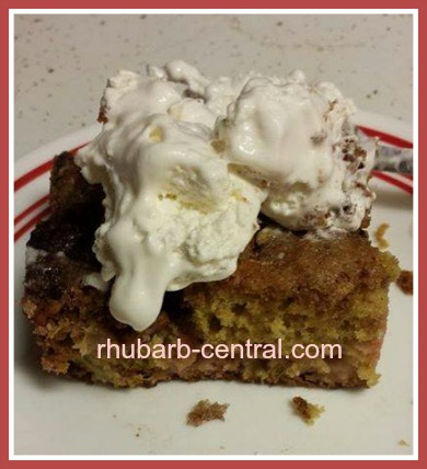 Sour Cream Rhubarb Bars Recipe