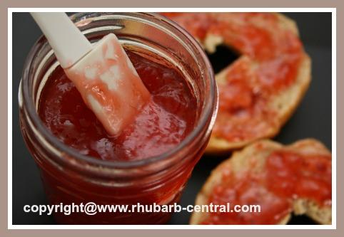 Strawberry Rhubarb Jam with Honey no Sugar